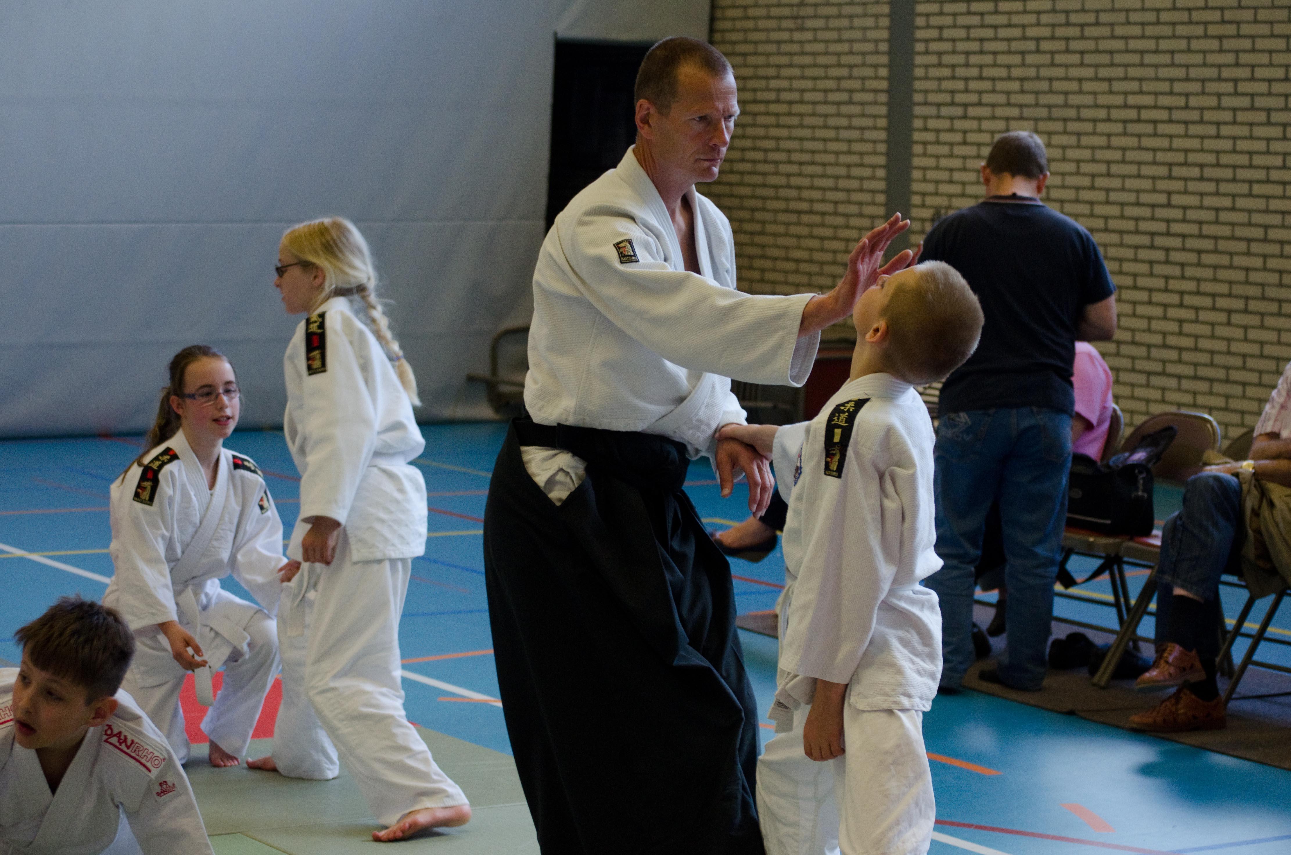Examendag 2012: Peter Buijsman traint met een van zijn leerlingen