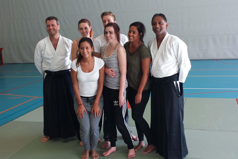 Groepsfoto na PPT Company Aikido workshop in dojo