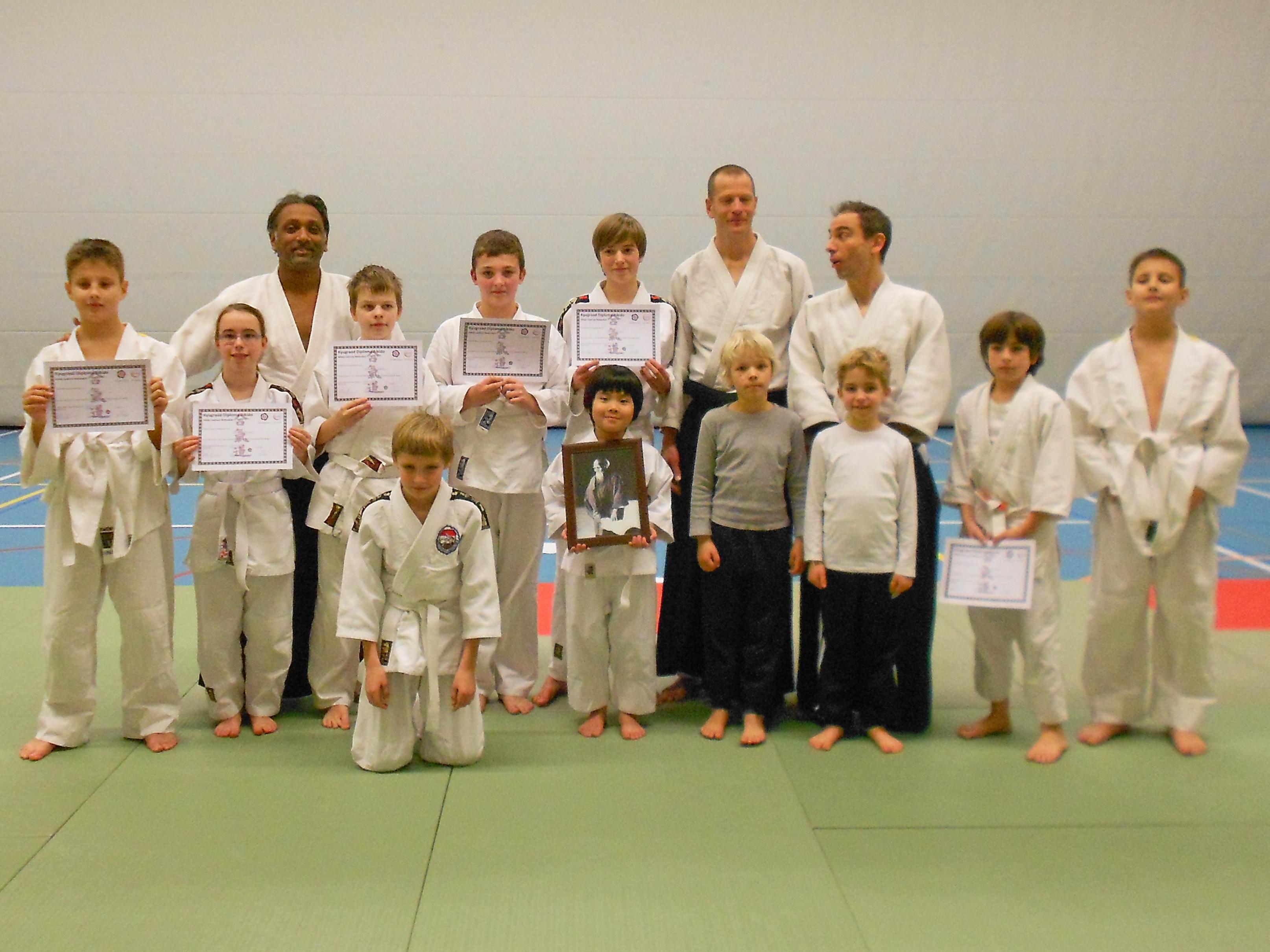 Geslaagden uit de kinder- en jeugdgroep van Aikido Centrum Rotterdam (Januari 2013)