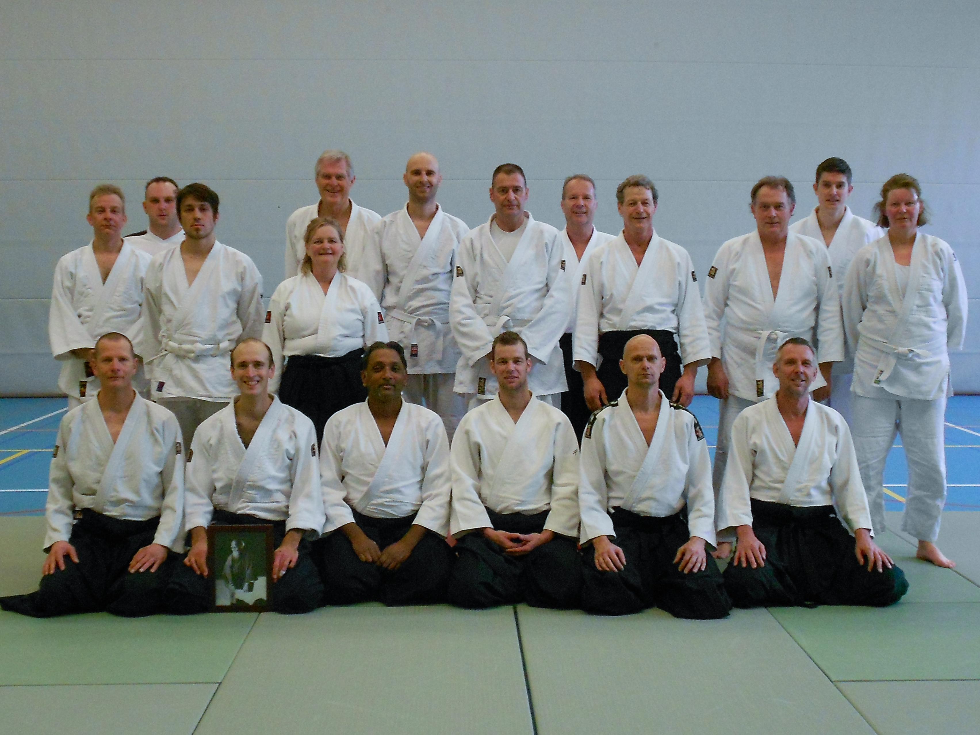 Groepsfoto Aikido Centrum Rotterdam Nieuwjaarsstage 2014 olv Sachien Raghoe