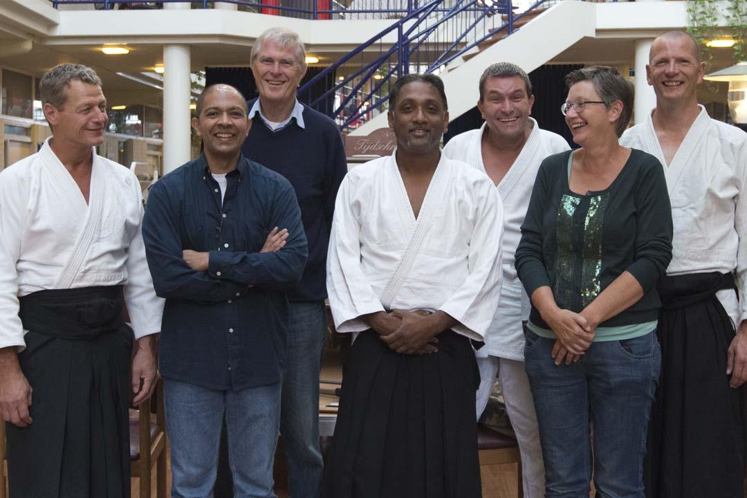 Groepsportret Aikido demoteam 26-9-2013 bij Stg Humanitas (Rotterdam)